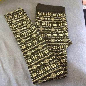 Patterned fleece lined stockings